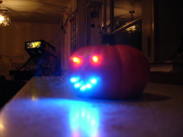 The mini pumpkin LED face
