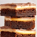 How to Make CRAZY Indulgent Millionaire Brownie Bars