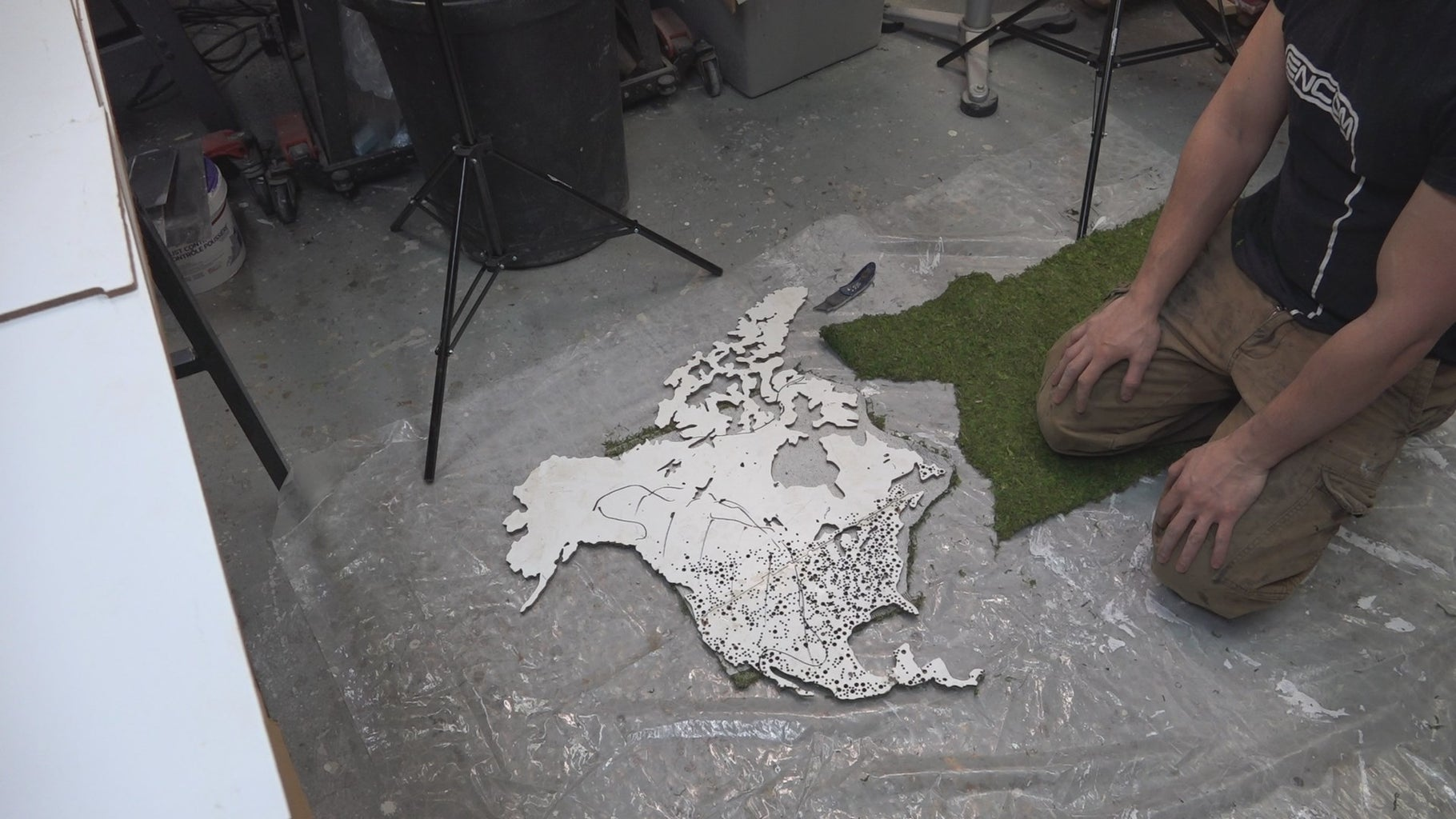 Gluing Down Your Moss Base Layer