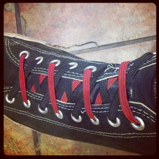 two-toned over-under elastic shoelaces.jpg