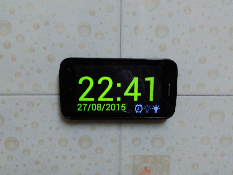 Mobile Digital Wall Clock