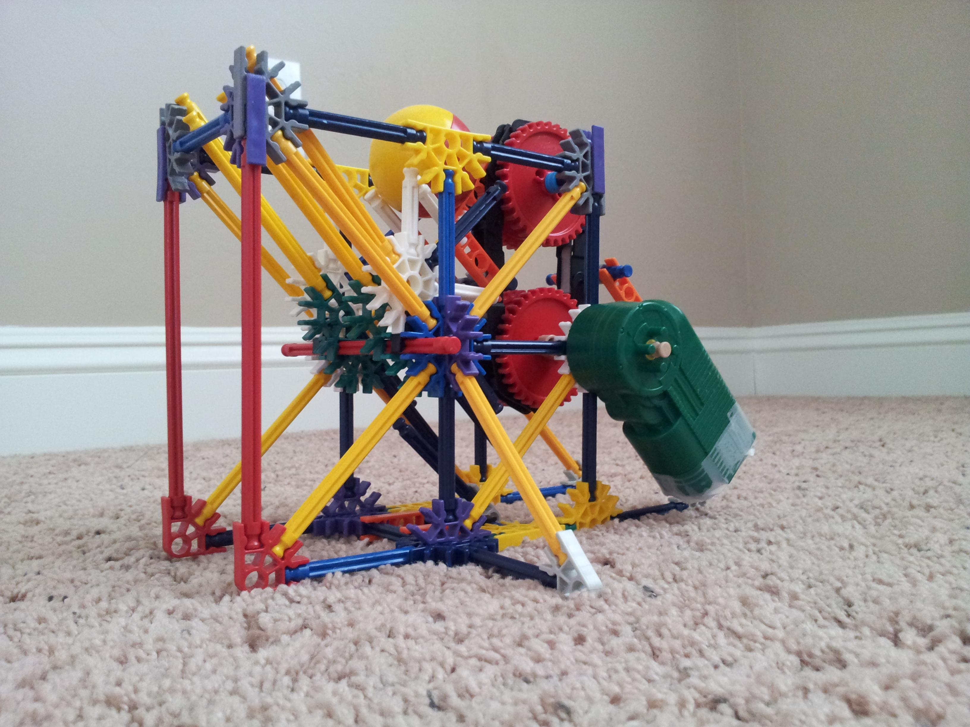 Hof- the tiny knex ball machine