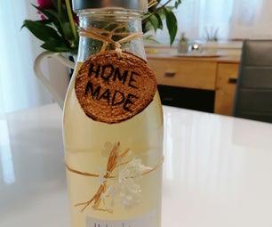 Homemade Holunderblütensirup
