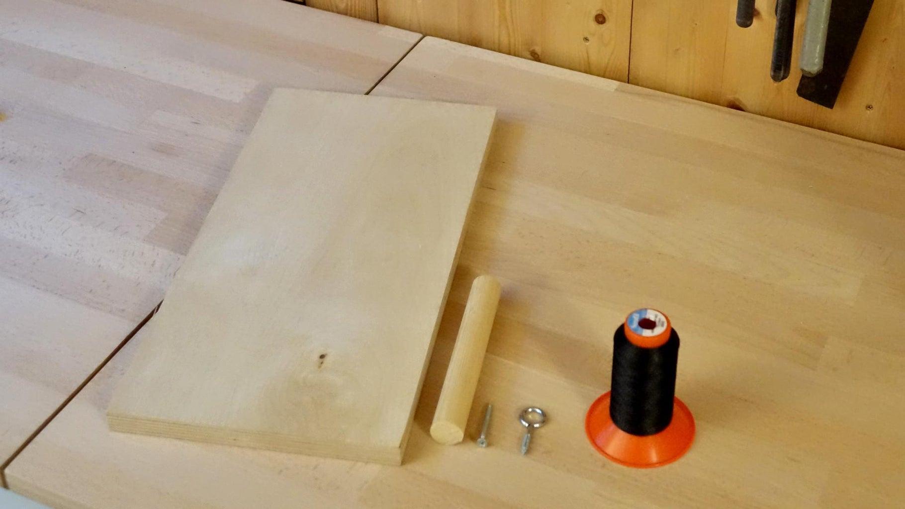 Building the Thread Holder