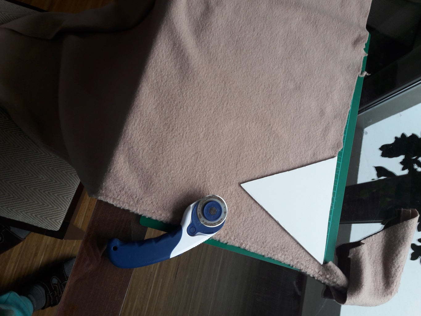 Cutting the Triangles