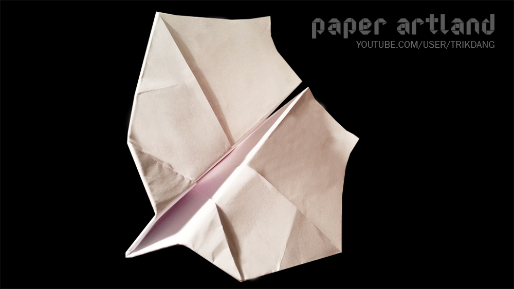 The Best Paper Airplane to Play Indoor: The Cyco