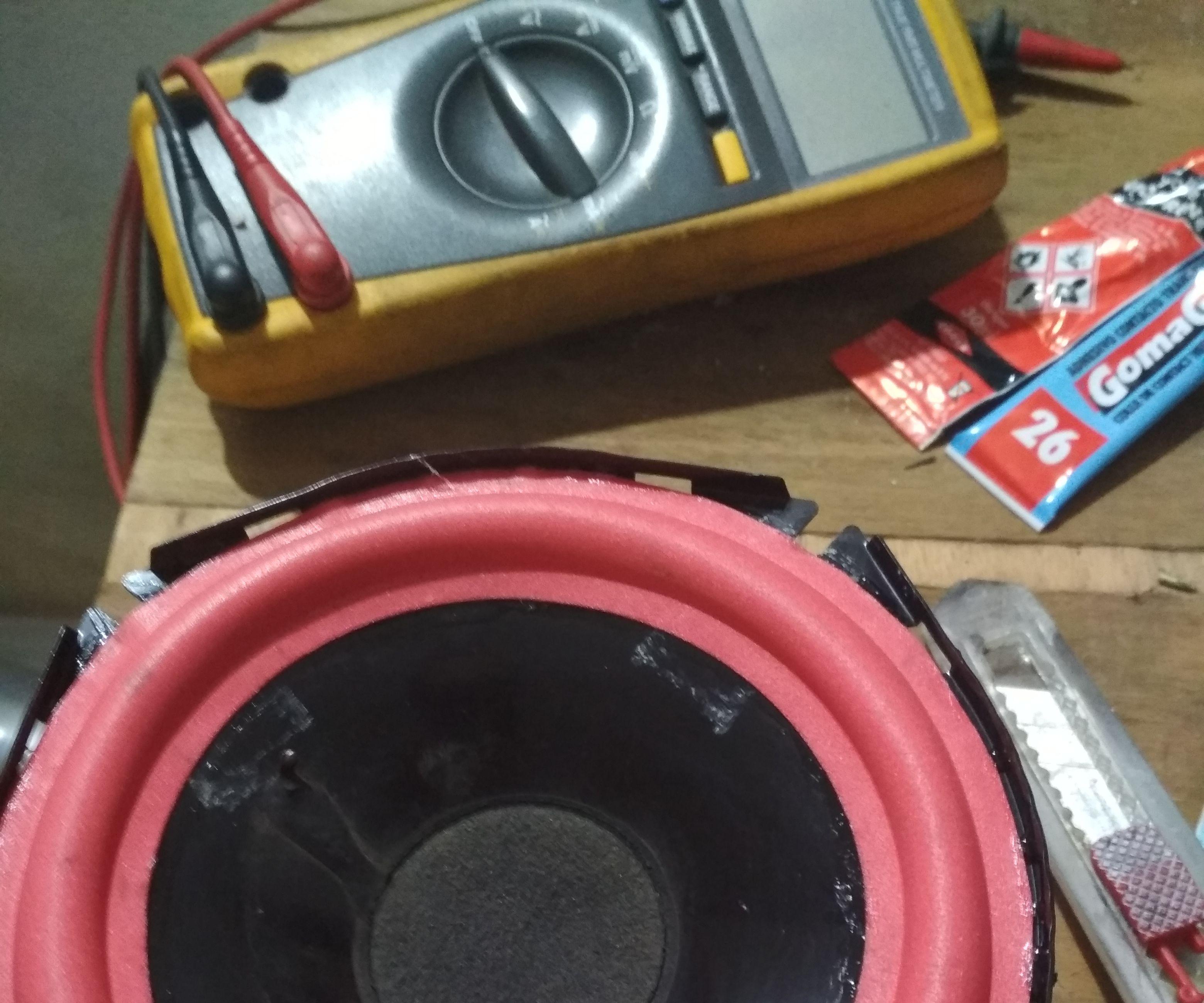 Repair  Damage Speaker