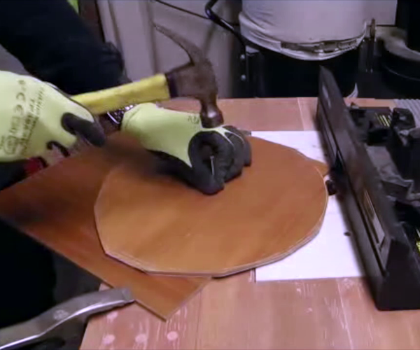 Turning Perfect Disc on a Router Table Without Any Jigs