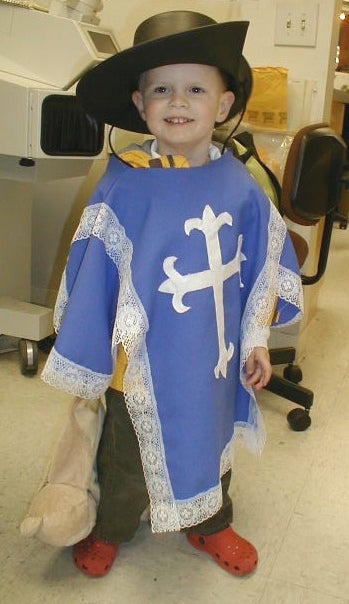 How to Make a Kids Halloween Musketeer Costume