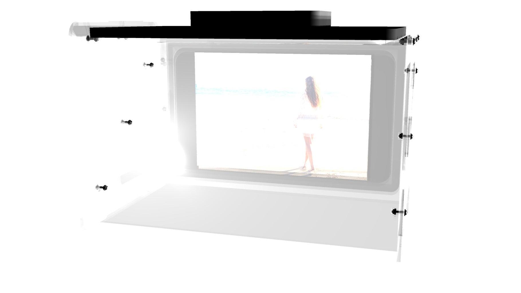 Large 16-in Landscape Holographic Display