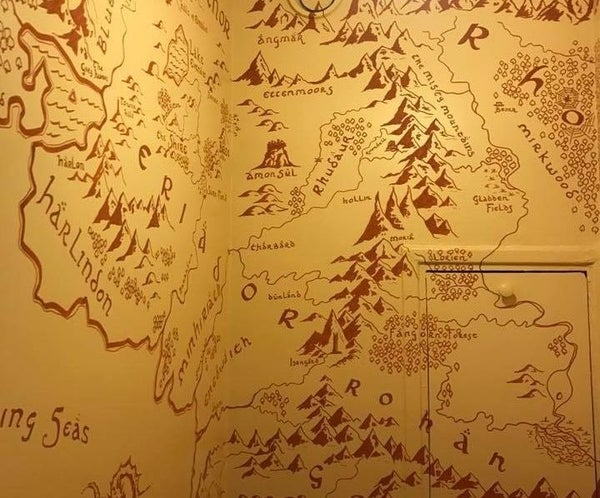 Middle Earth Toilets
