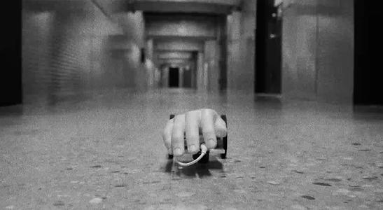 #HackHalloween Creepy RC Hand!