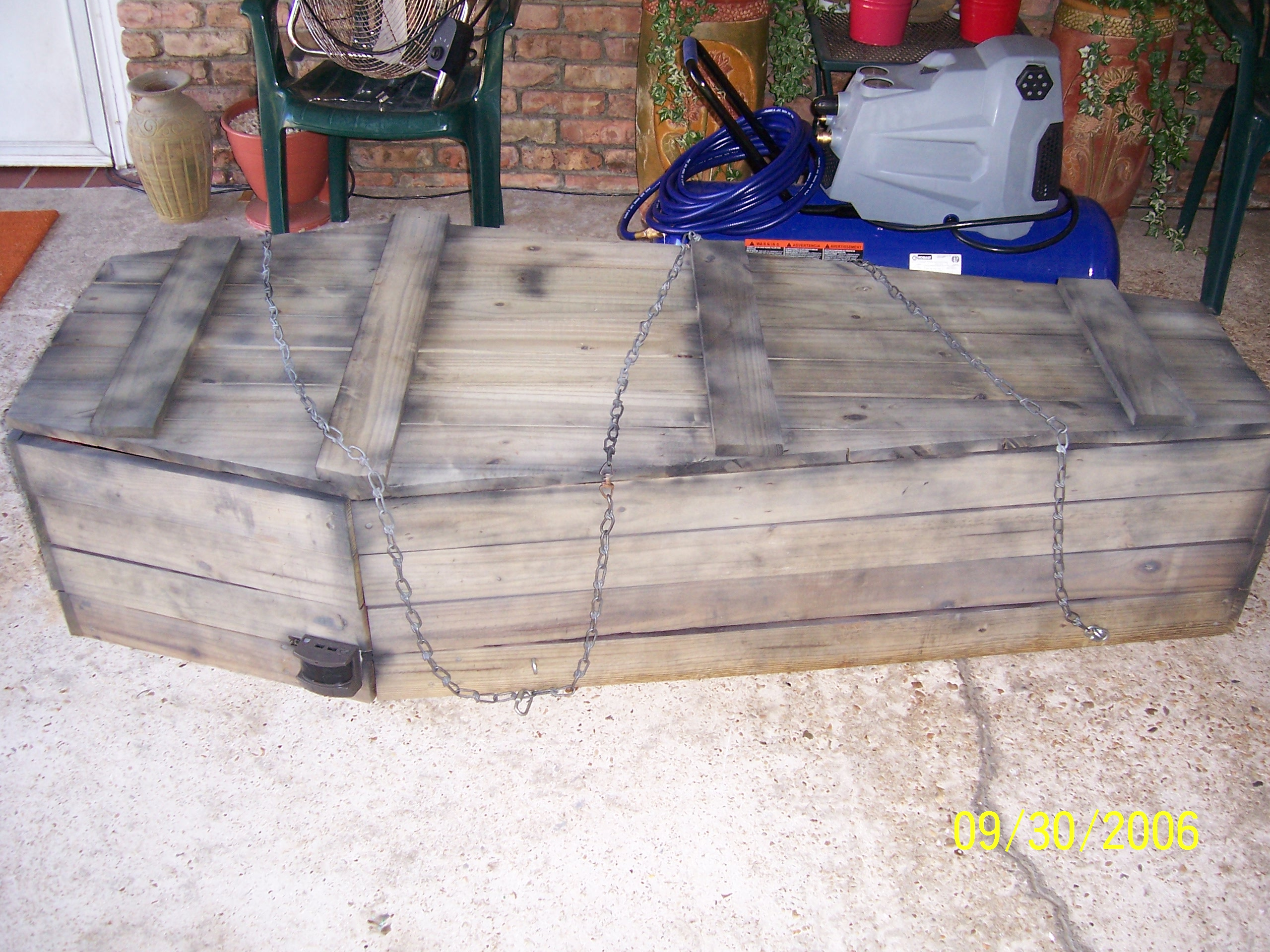 Cheap motion activated coffin