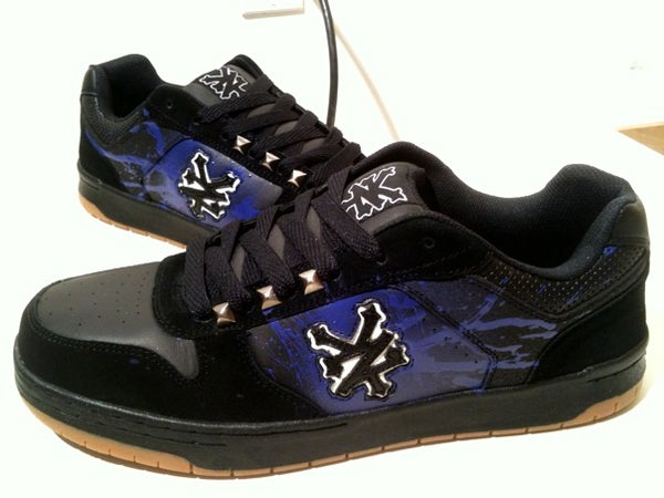 How to Customize Skate Shoes