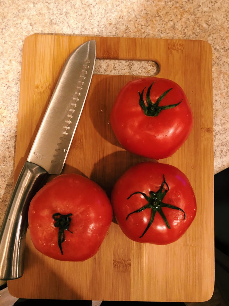 Cut the Tomatoes