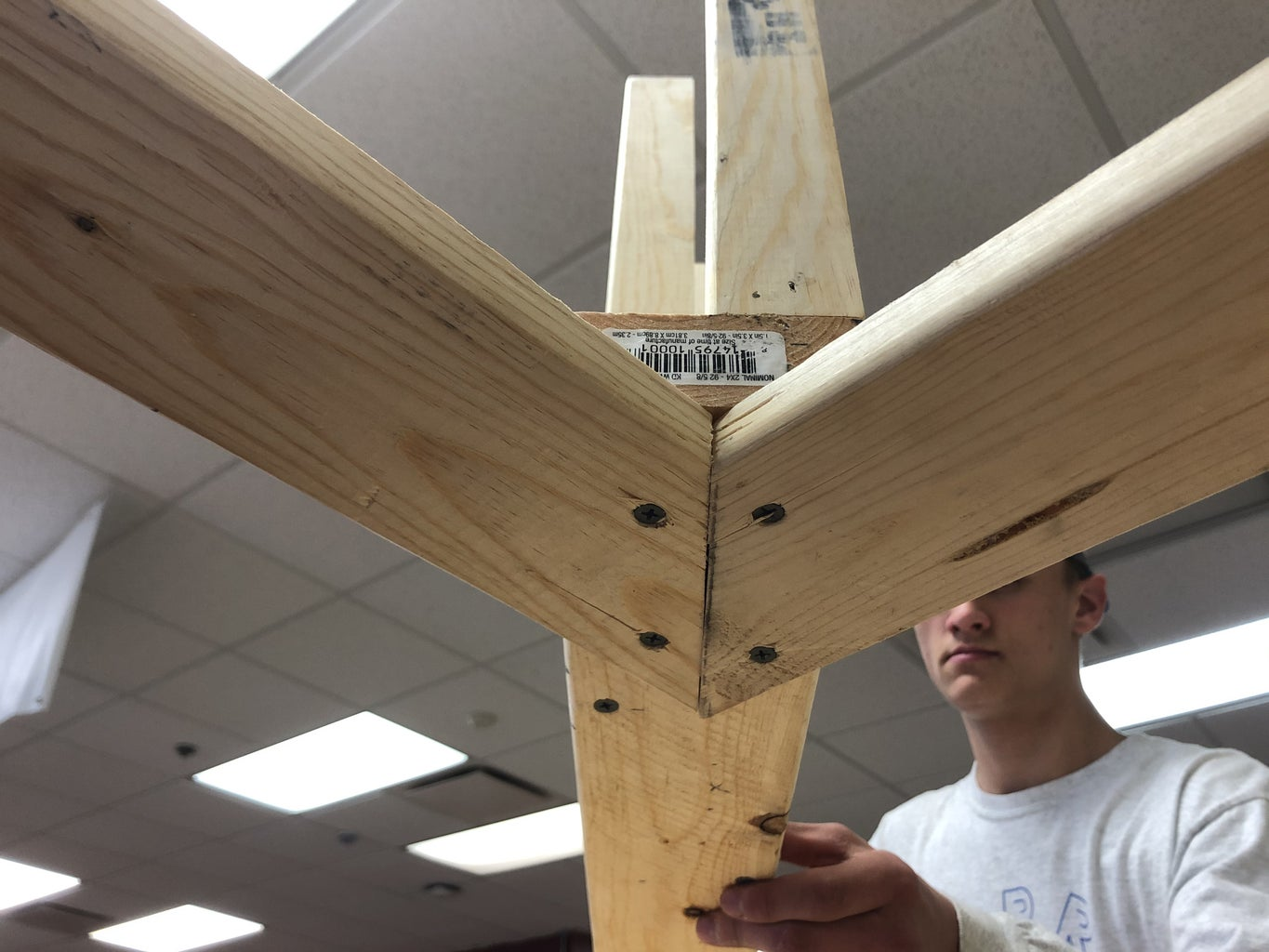 Connecting Legs to Main Beam