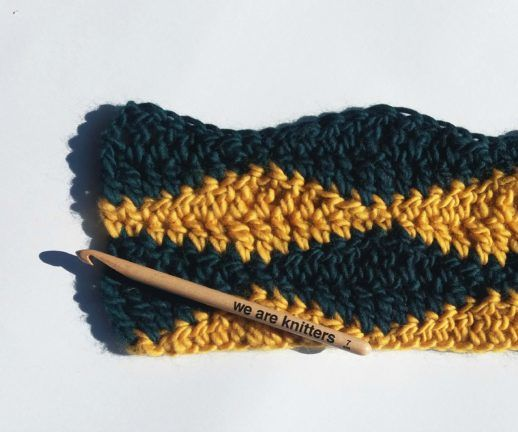 How to Crochet 2 Color Wave Stitch