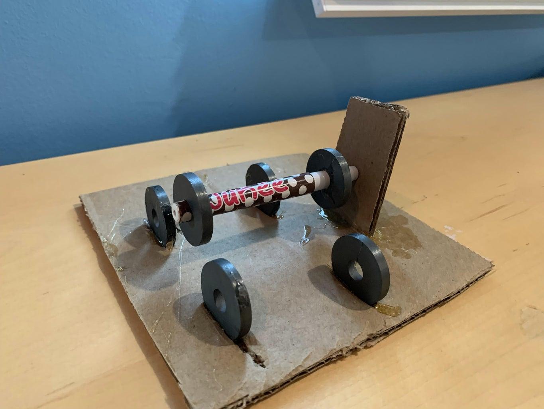 Magnetic Levitating Pen/pencil