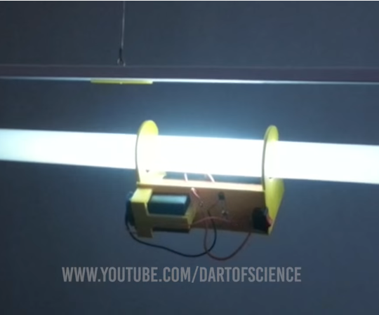 How to Make a Bulb Light Up Without Wires - Tesla Coil