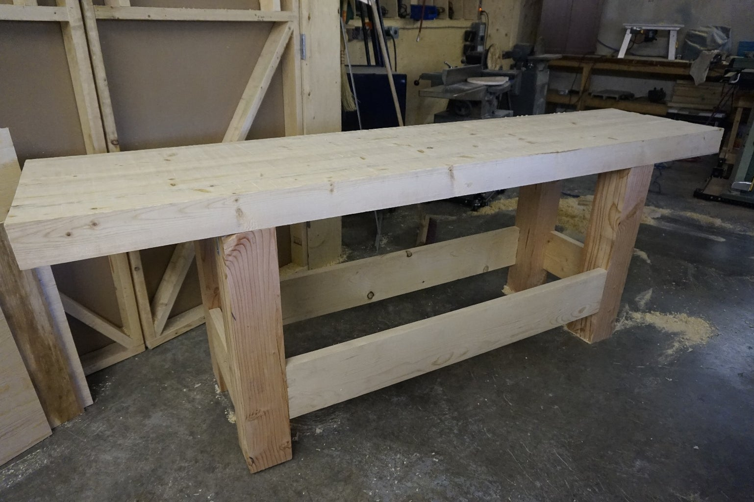Crosscut the Ends and Add Vises
