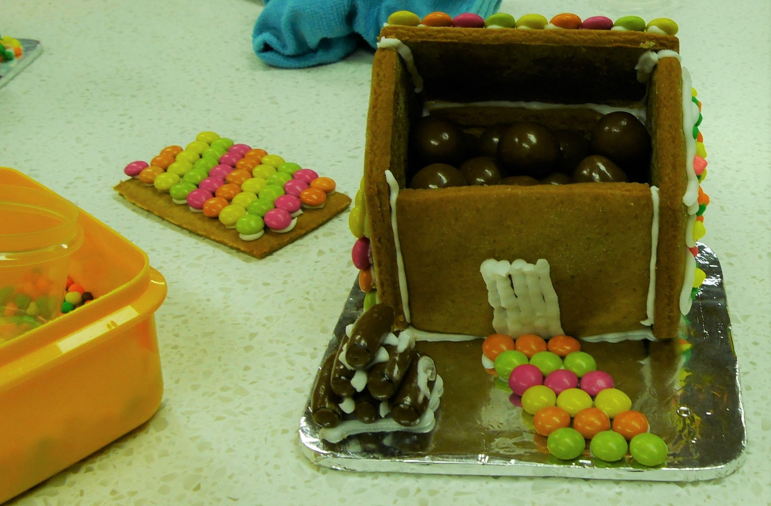 Step 8: Decorating and Completing Your Gingerbread House
