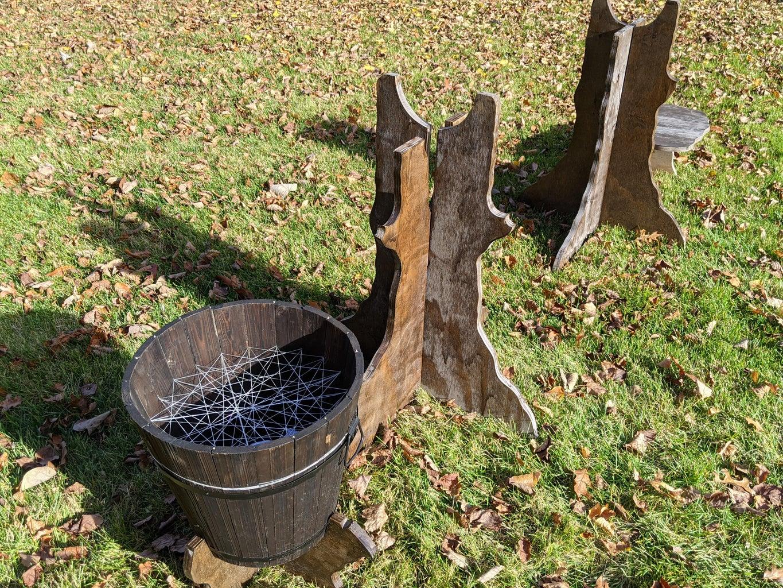 Base & Bucket