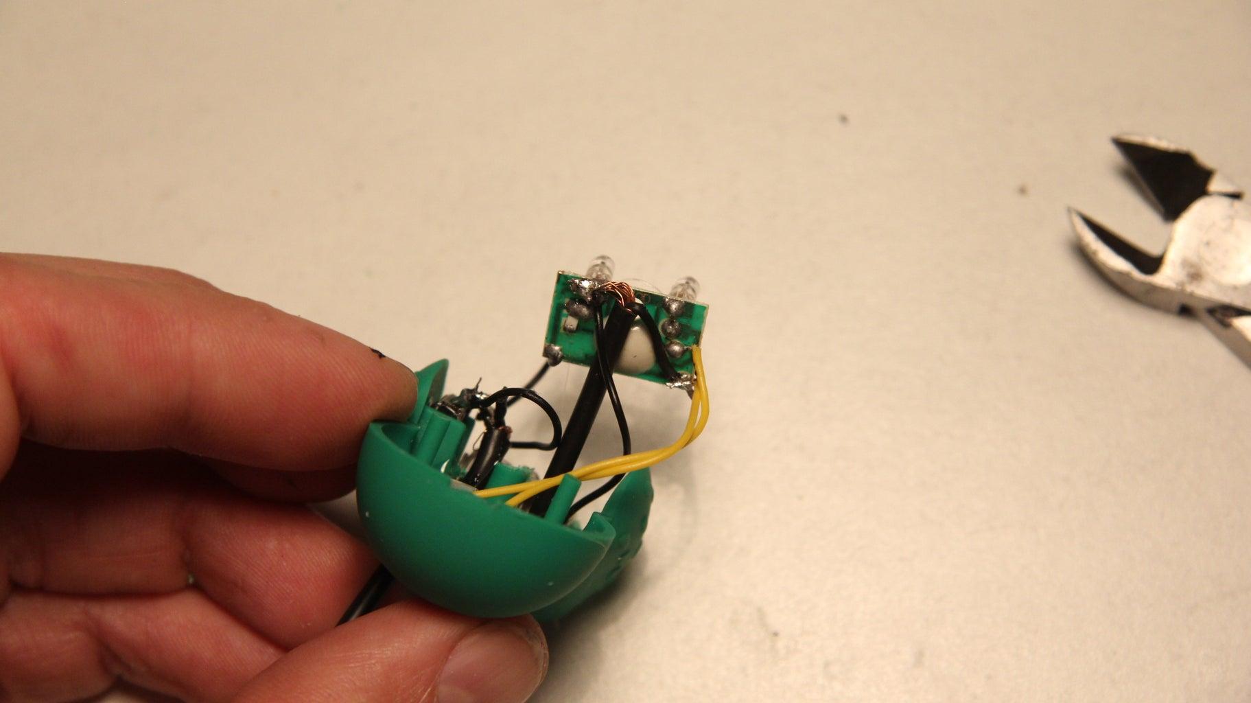 Cómo Modificar Juguetes Para Usarlos Con El Secuenciador / How to Modify Toys to Use Them With the Sequencer