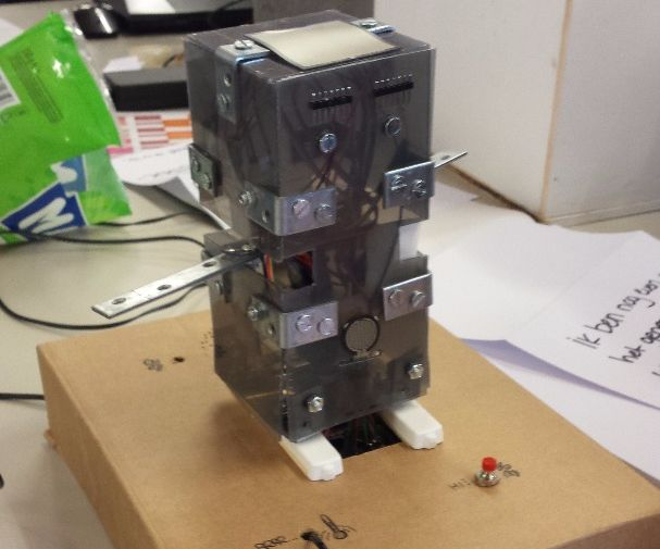Bobby: an empathic little robot. [PROTOTYPE]