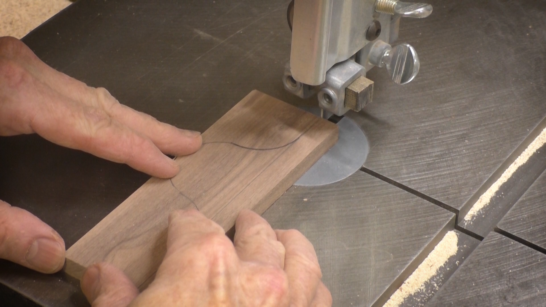 Cut the Profile of the Perpendicular Piece