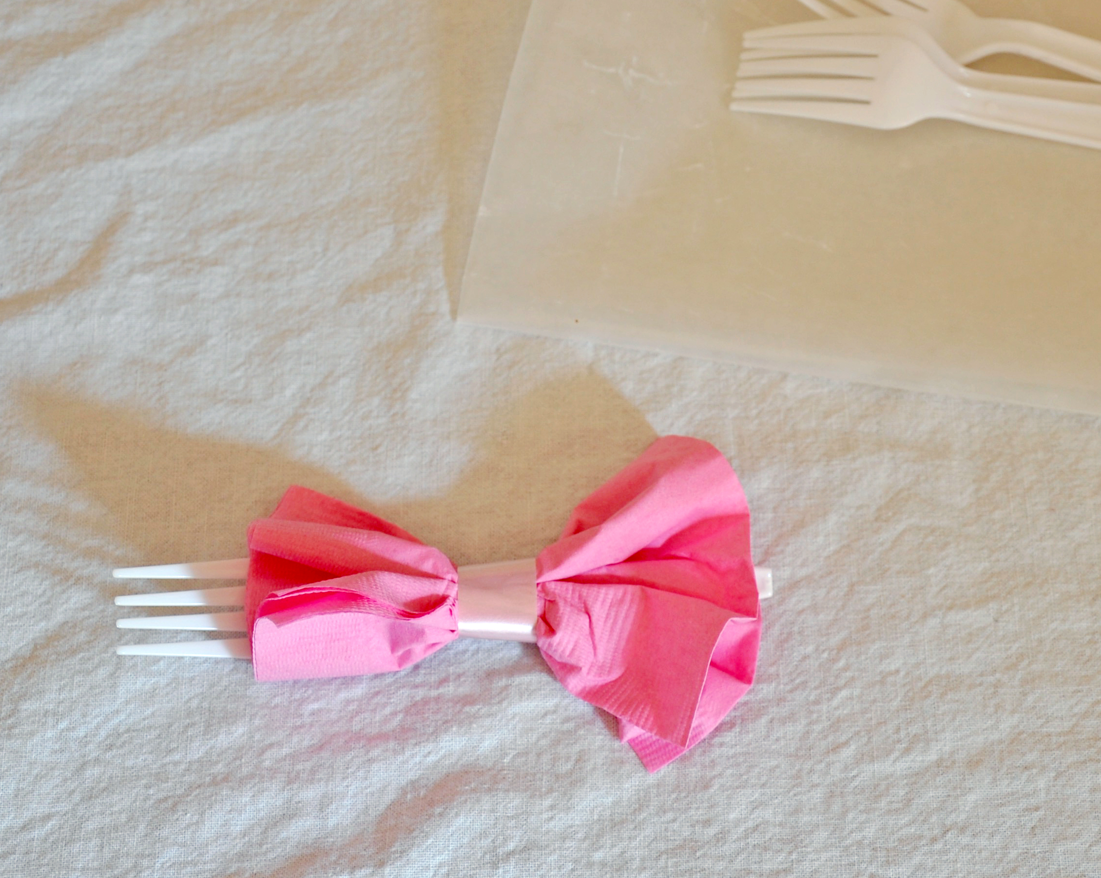 Bow Tie Napkins 3 Steps With Pictures Instructables