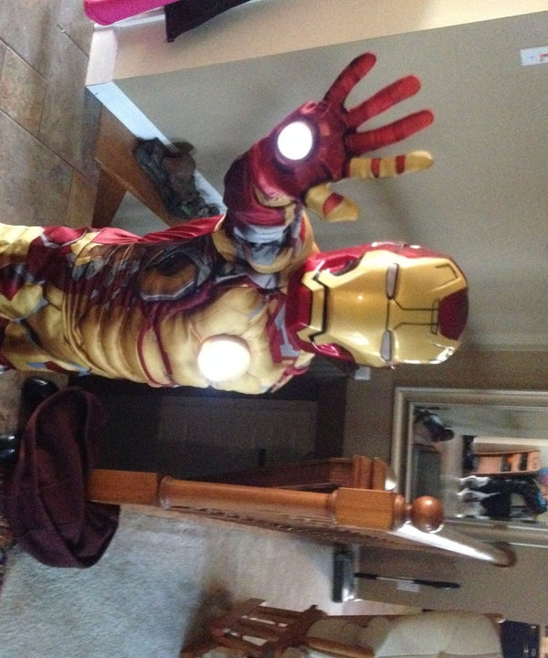 Simply and Cheaply Add Repulsor Lights to Childs Iron Man Costume