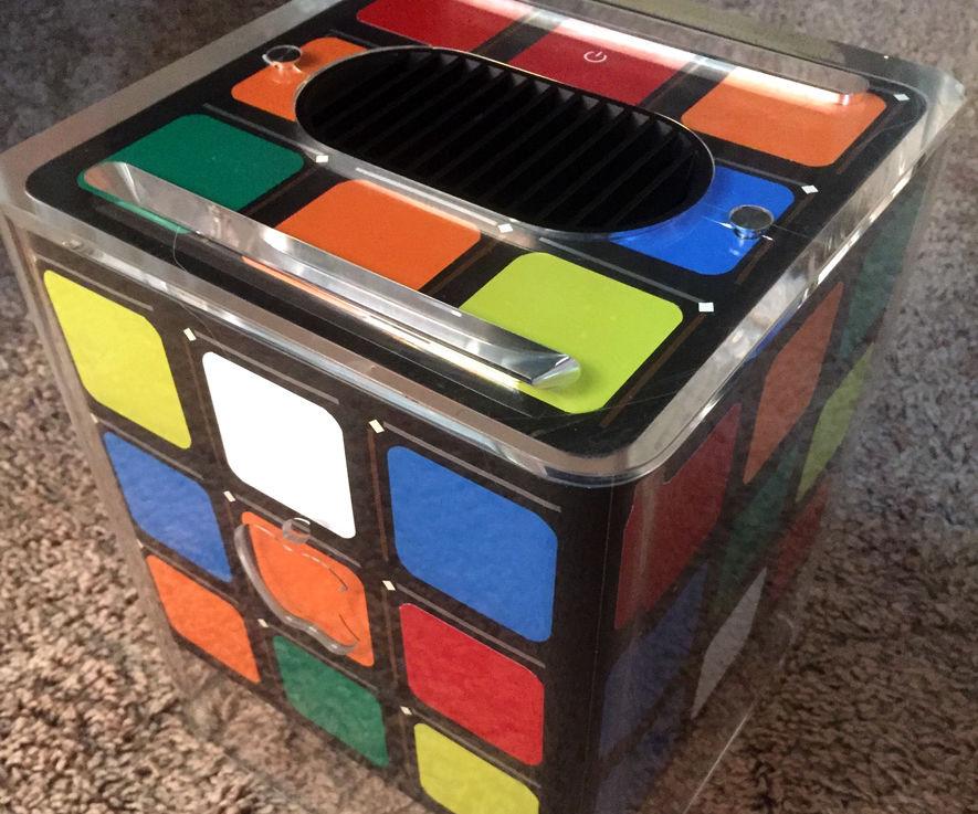 Apple G4 Cube Case Mod Rubik Style Hackintosh