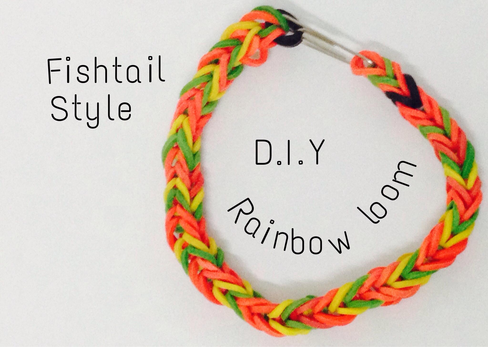 Rainbow Loom Bracelet (with Fingers)