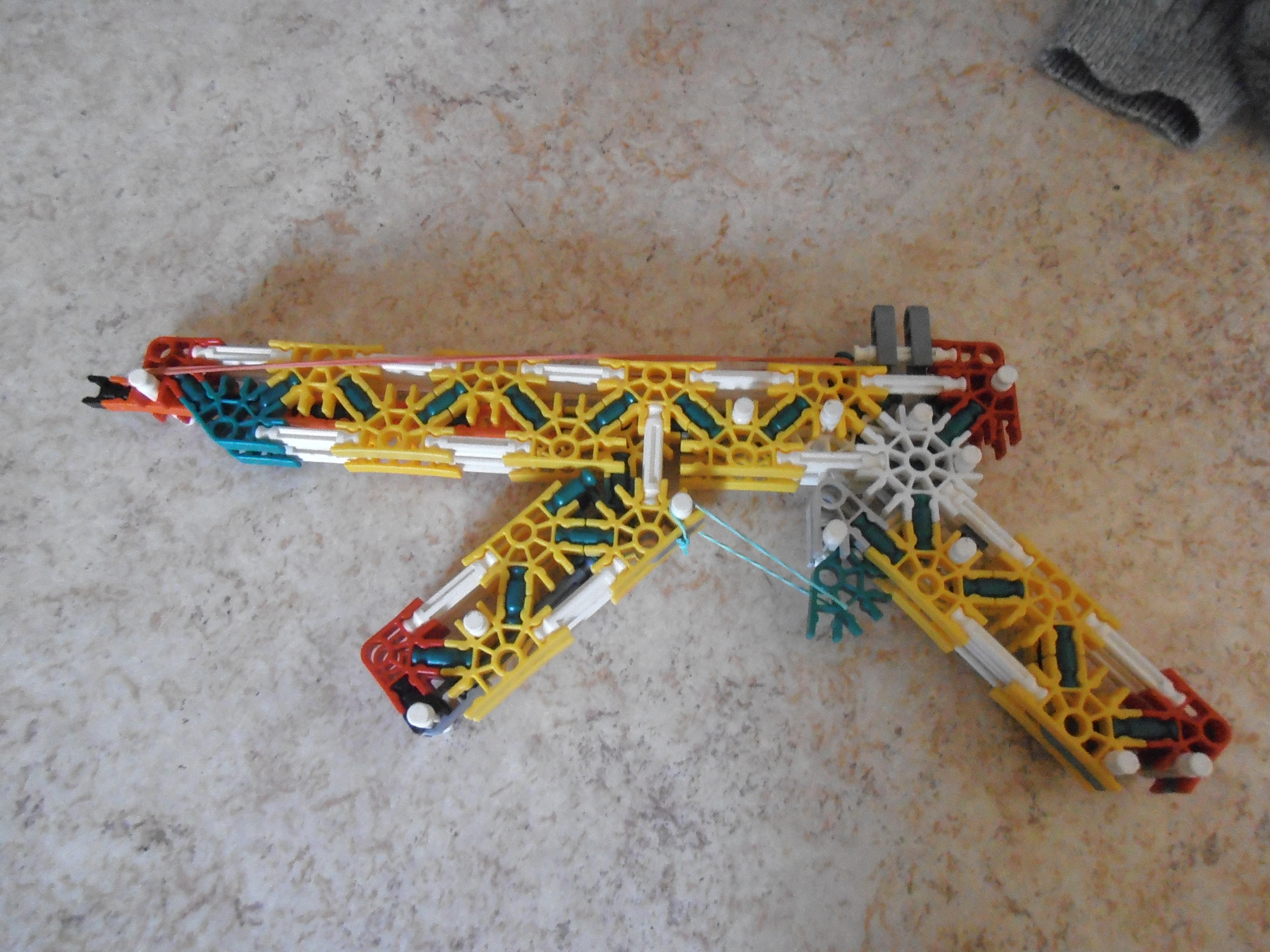 My version of K' nex AK - 47 . 2 shoot mods ! Very powerful !