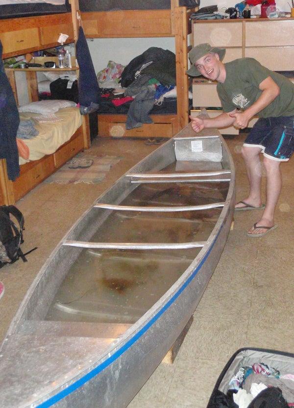 Canoe Fishtank Prank