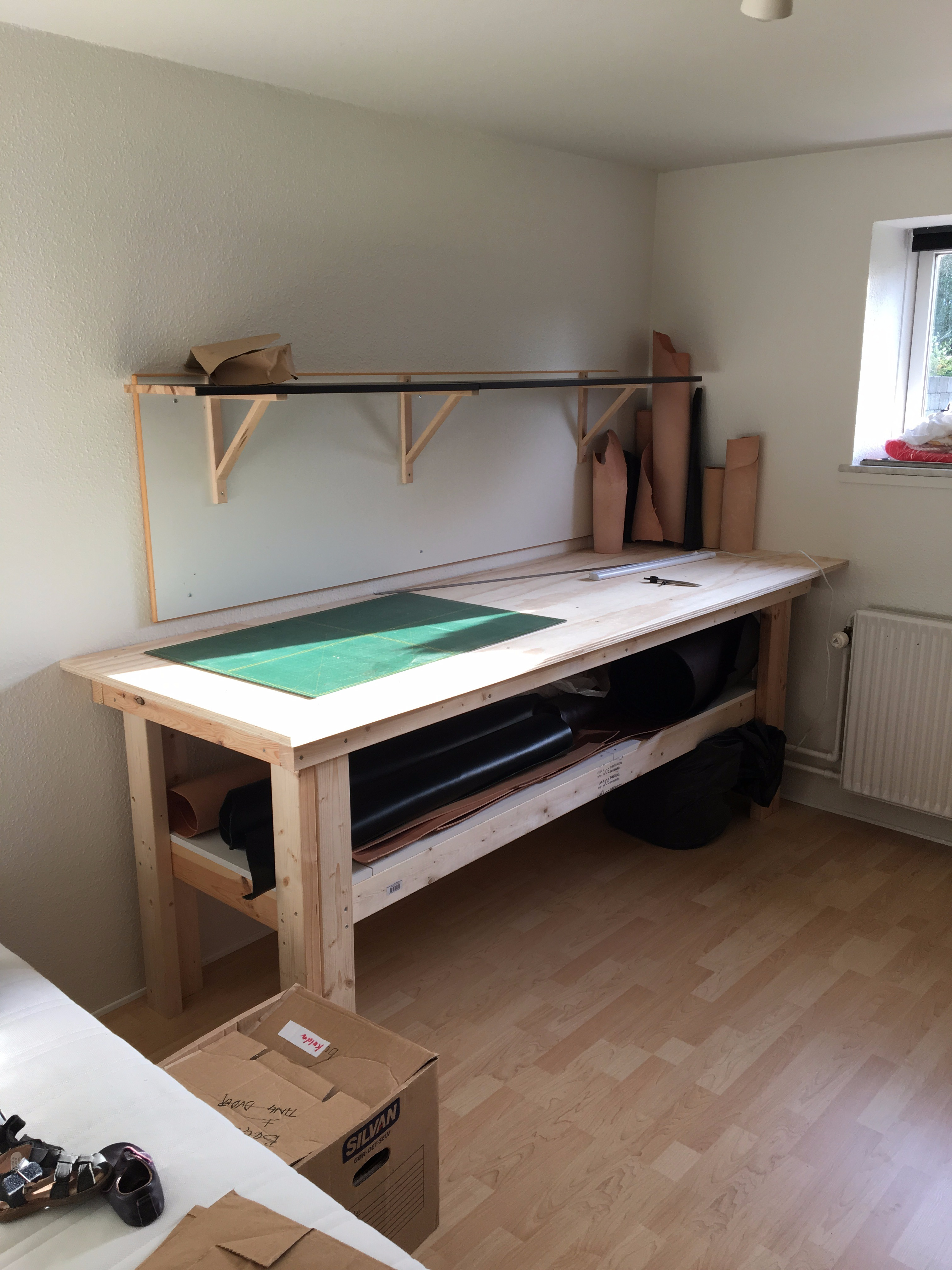 Super Stable Work Bench