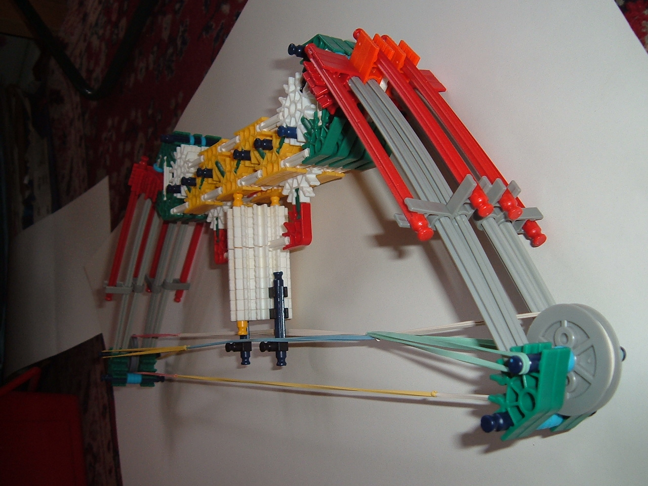 plasmaspy's knex compound bow