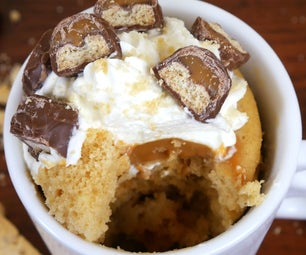 TWIX (CARAMEL MILLIONAIRE SHORTBREAD) MUG CAKE