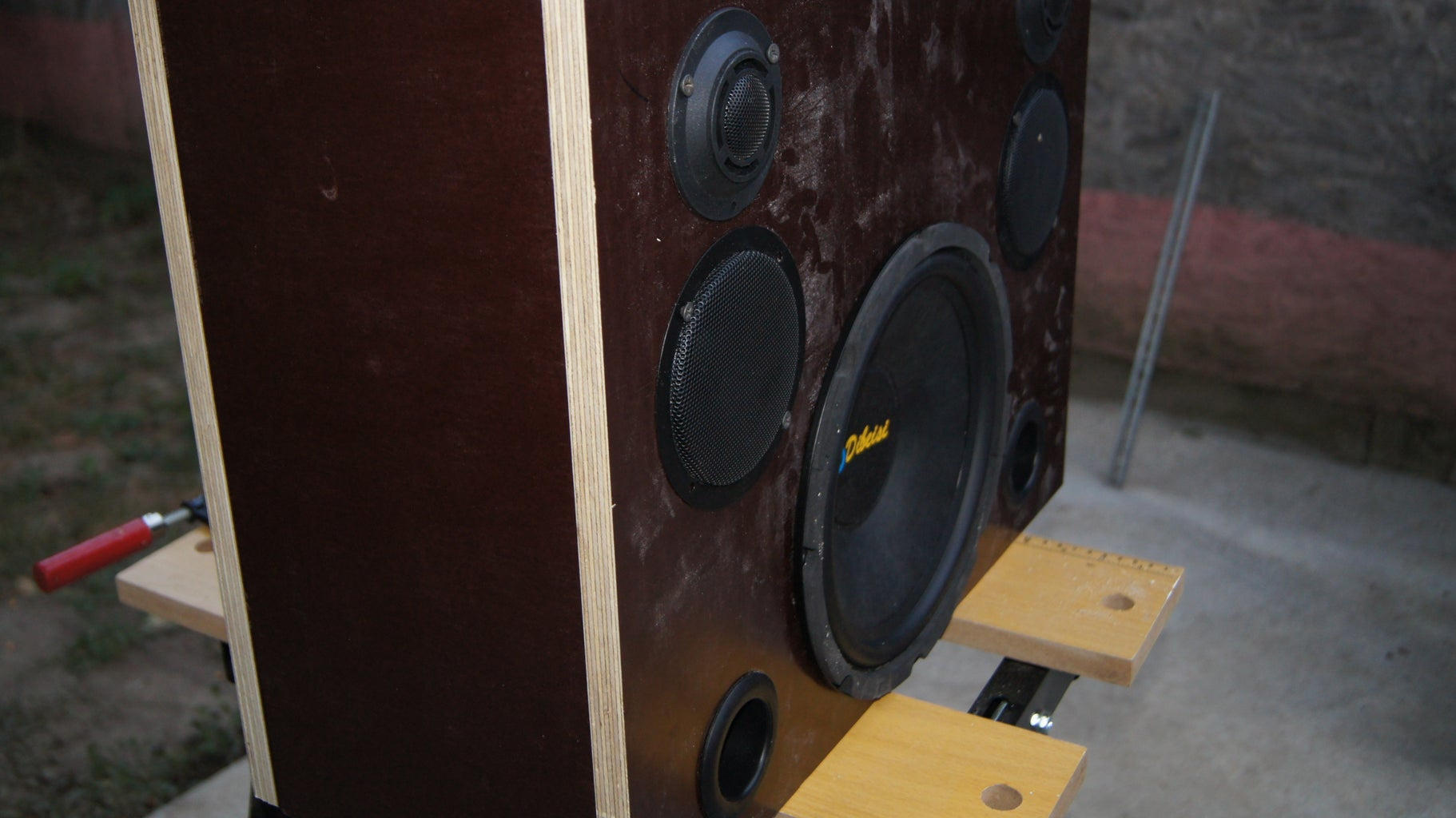 Build Speaker Box