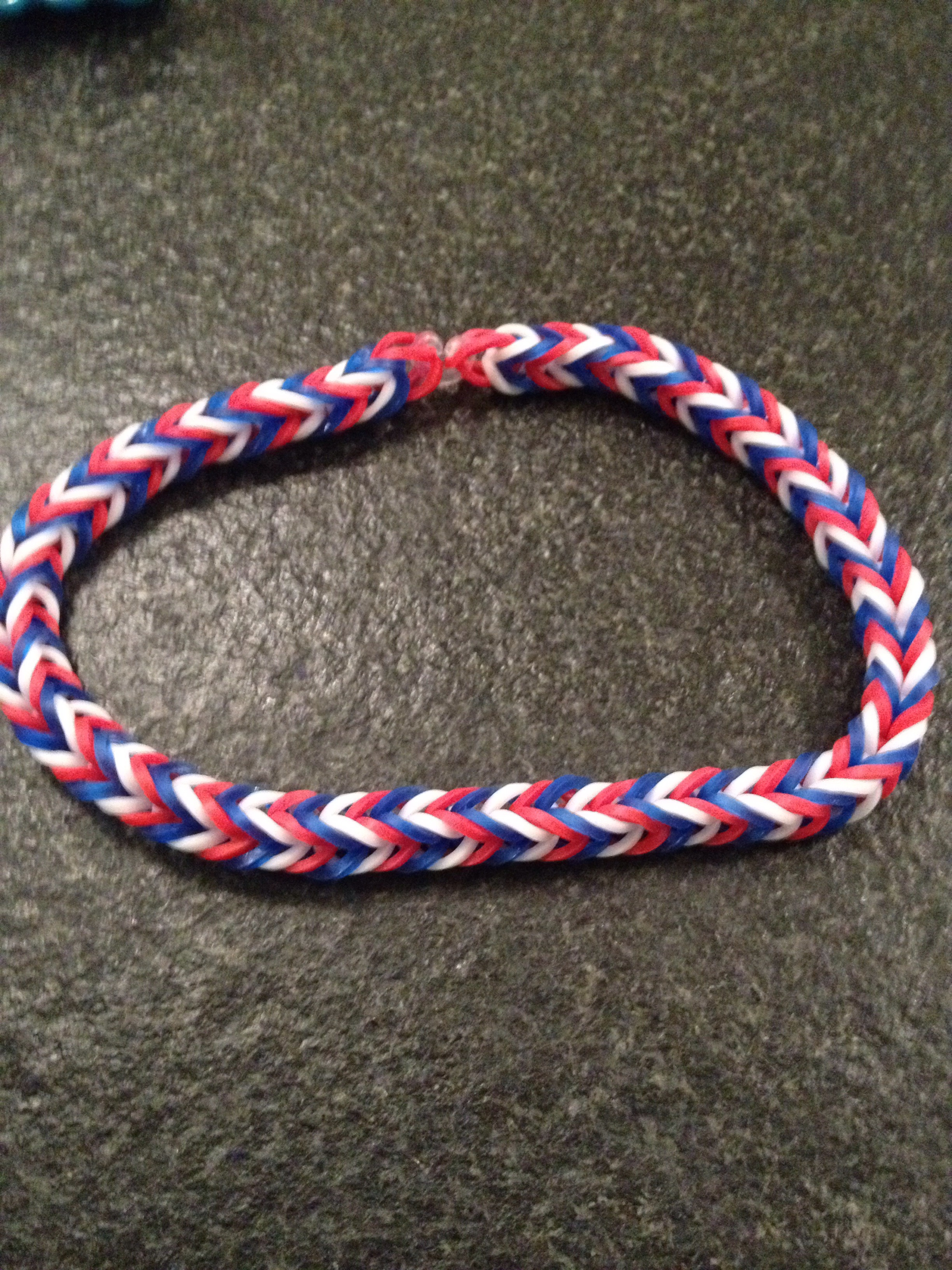 Fishtail Rainbow Loom