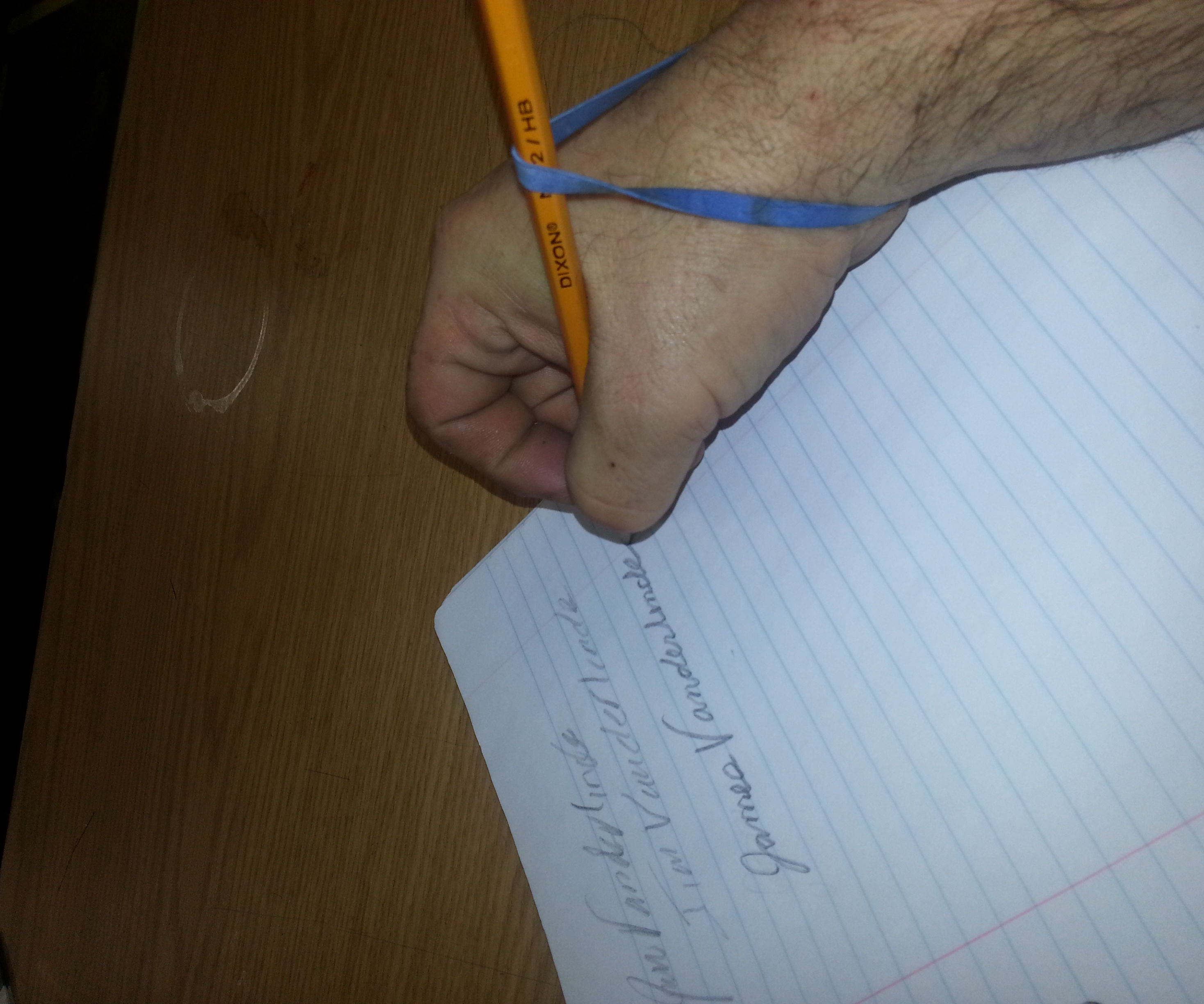 how to teach yourself to  write right handed