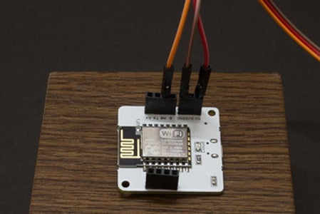Connecting the LM35 Sensor to the Bolt