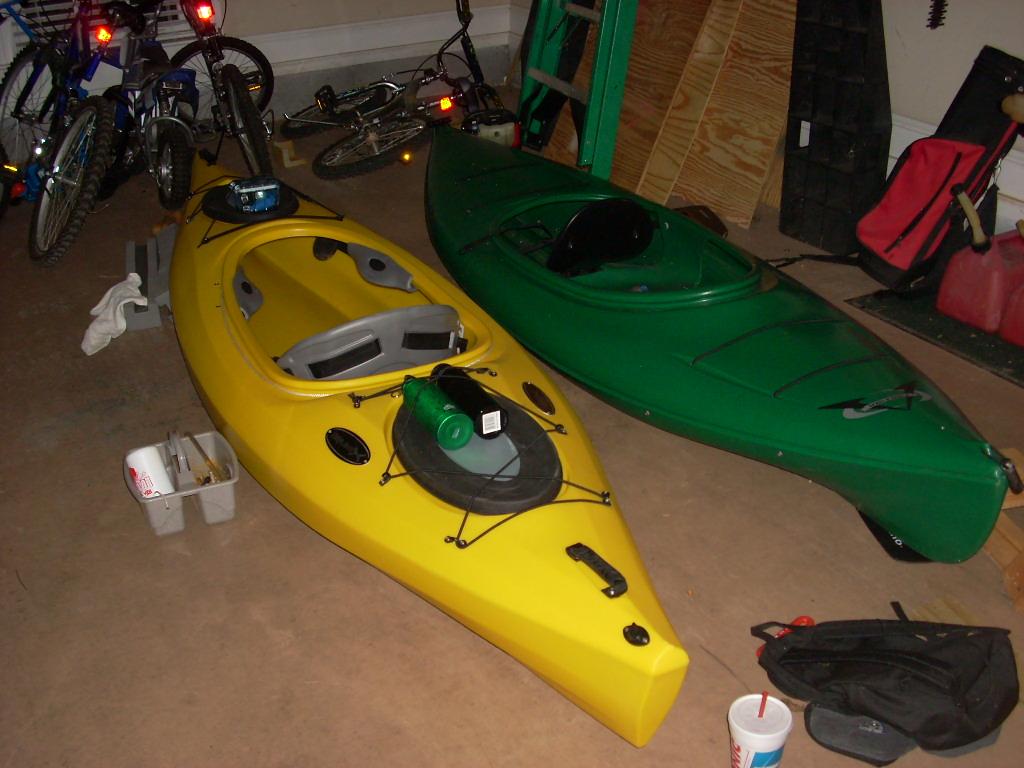 Preparing a day- touring kayak