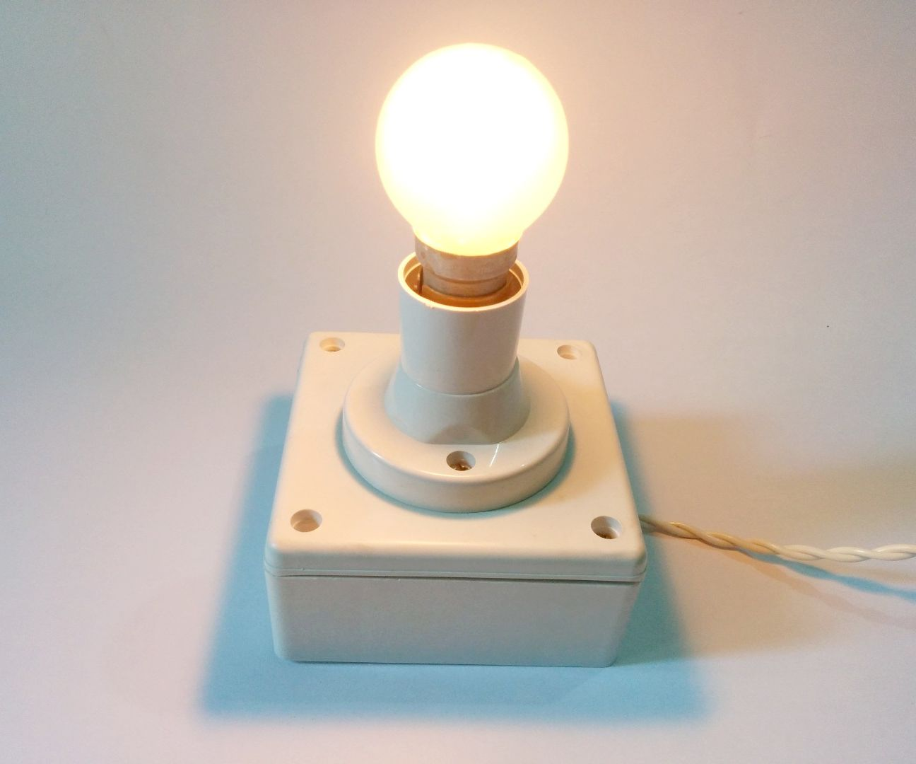 Taking Basic Electronics to the Internet (IoT) | Home Lights