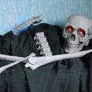 How to Halloween skull and bones