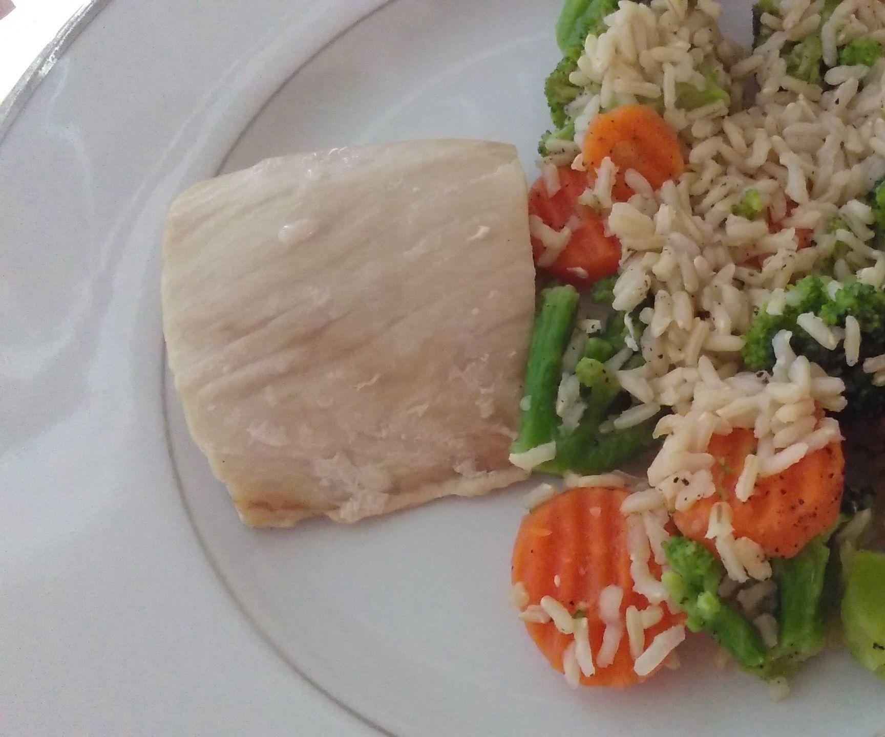 Mahimahi With Brown Rice and Vegetables
