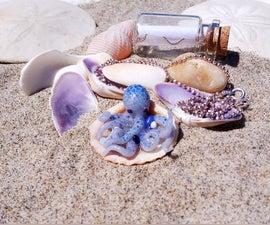 来自聚合物Cay的蓝色章鱼吊坠