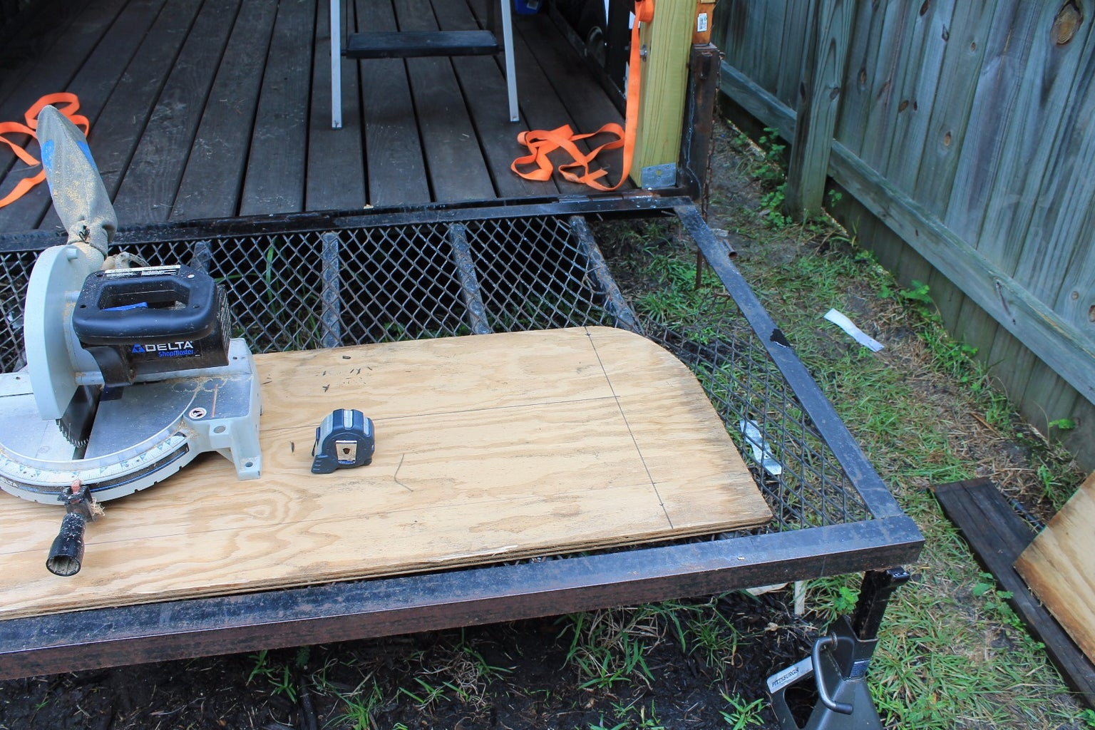 Replacing the Tailgate and Adding Stabilizing Jacks