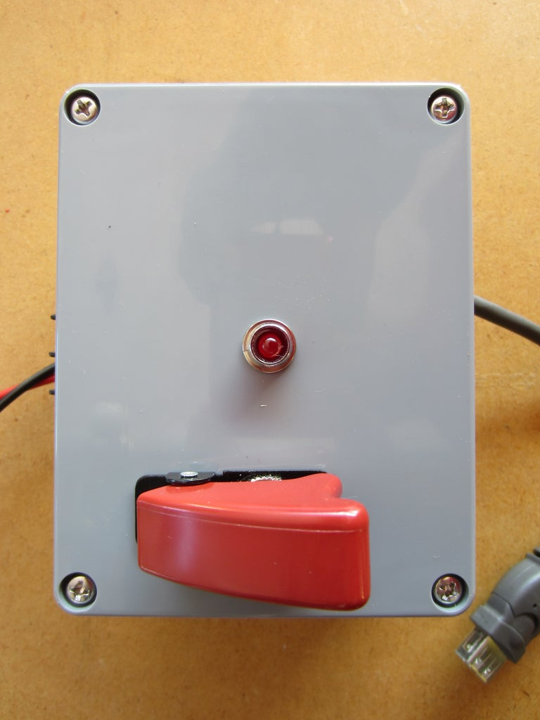 Solar Powered USB Power Supply and Charger