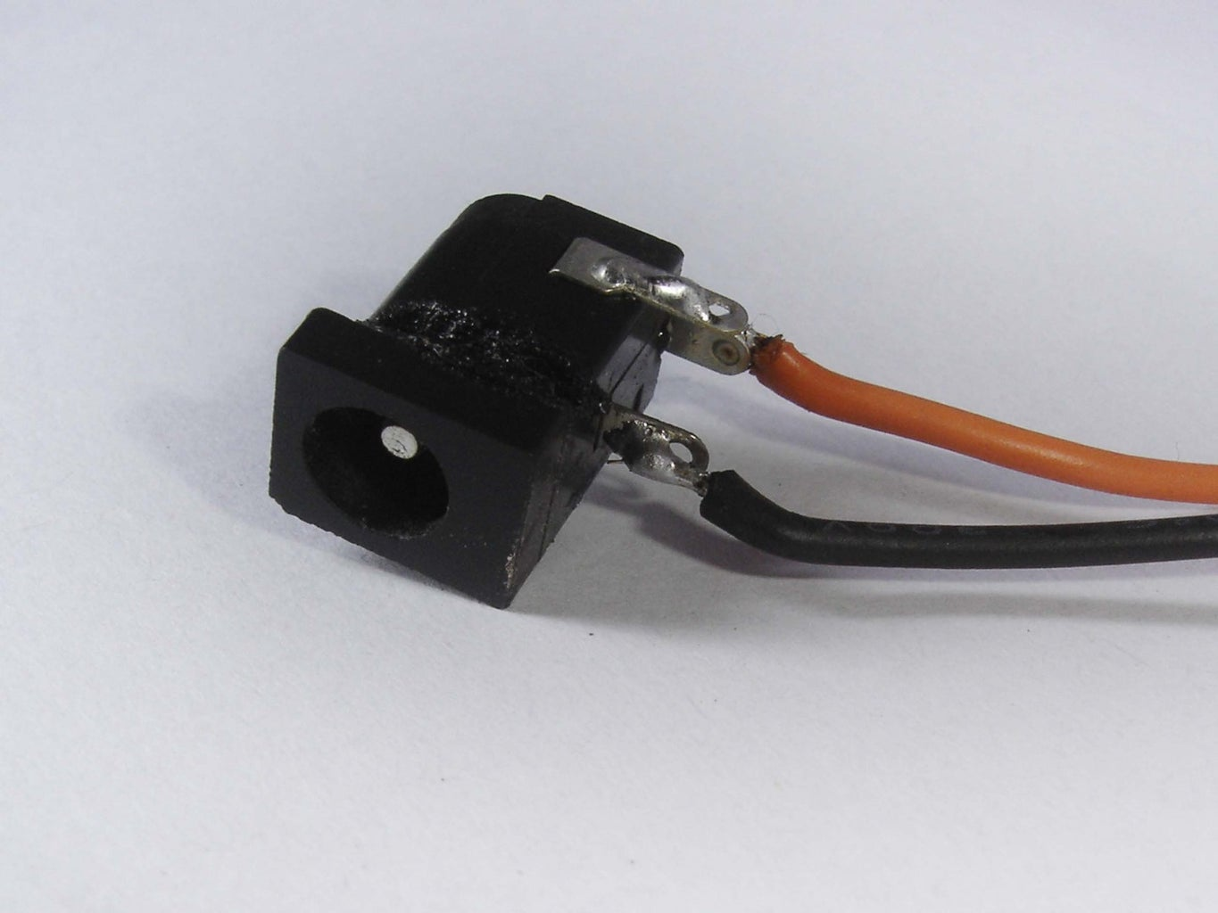 Connect 12V Female Adapter